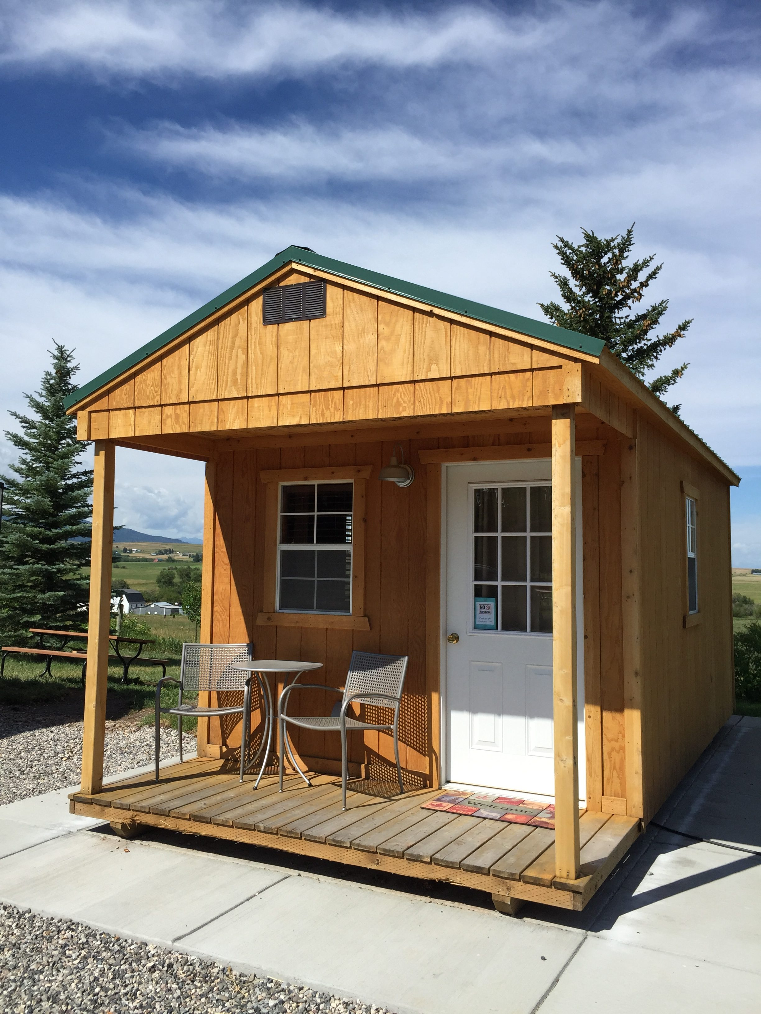 w-cabin-exterior-e1478636817412